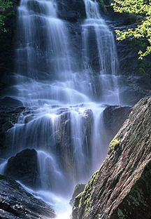 A waterfall and spray cliff in the mountains of Virginia
