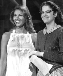 Raquel Welch (left) and Gilda Radner (right) from a @Cite{Saturday Night Live rehearsal, April 24, 1976